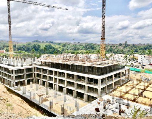 La Quinta Club House Residencial en construcción